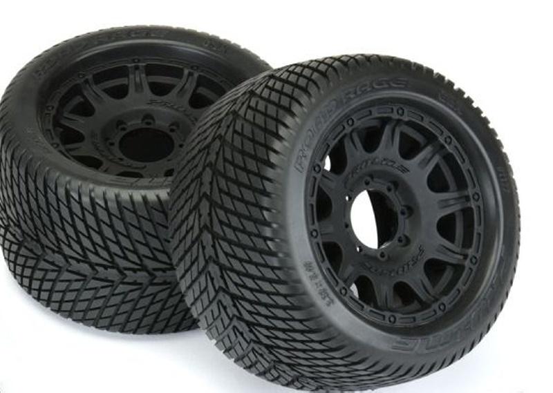 Road Rage 3.8 Reifen auf Felge schwarz 17mm für 1/8 MT