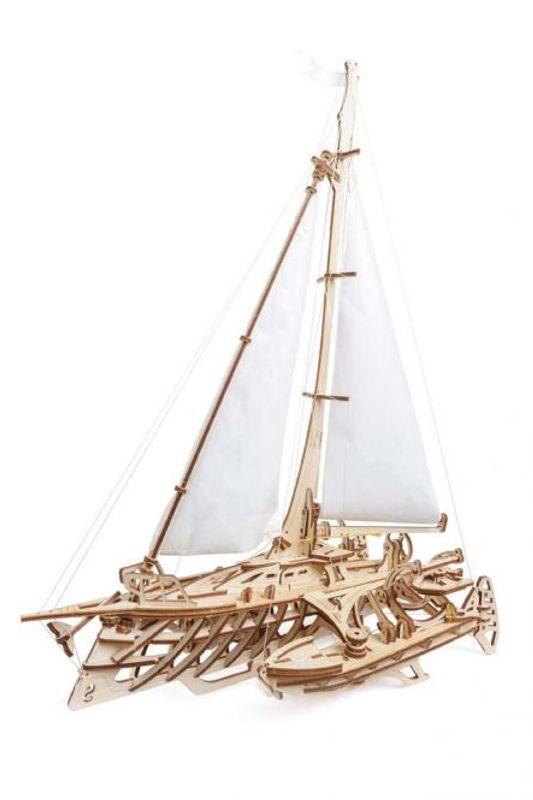 Trimaran Merihobus Segelschiff - mechanischer 3D Holzbausatz