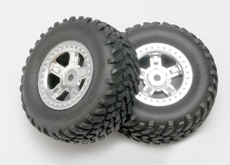 Reifen auf Felge 1:16 Slash