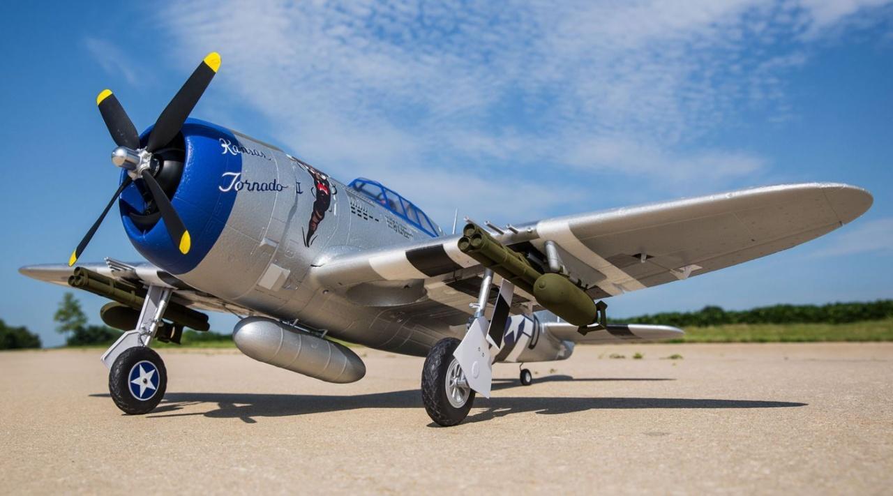 E-flite P-47D Razorback 1200mm PNP
