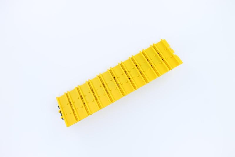 1:14 LR Kettenglieder gelb (10)