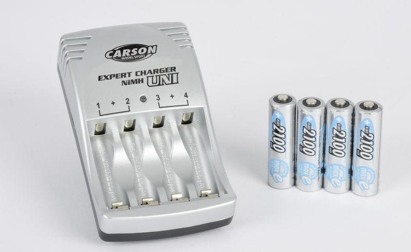 Automatisches Ladegerät für Mignon / Micro inkl. 4 Akkus