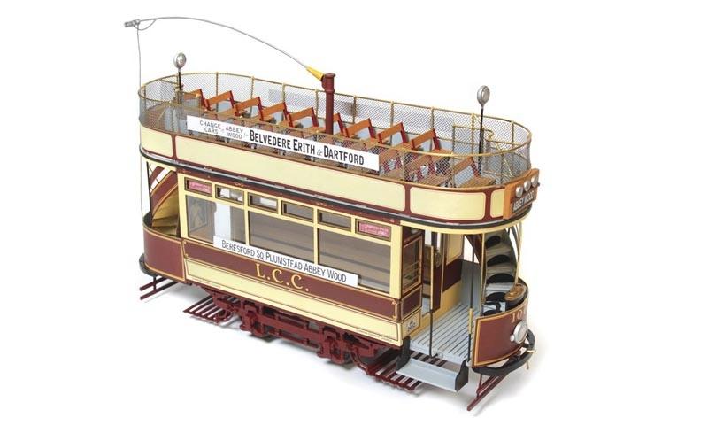 London L.C.C. 106 1:24 Straßenbahn Bausatz