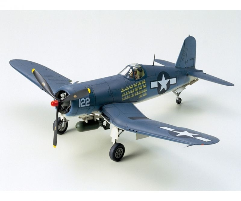 US Vought F4U-1A Corsair Bausatz 1:48