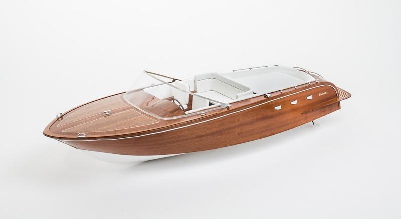 Comtesse Luxusyacht Holz-Bausatz