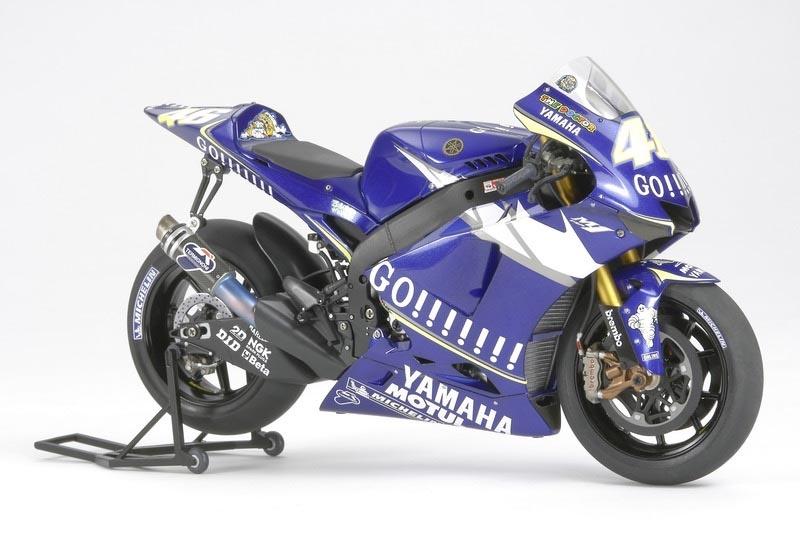 Yamaha YZR-M1 ´05 No.46/No.5