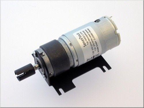 Motorhalter und Kardan-Mitnehmer für GM32 Antriebe