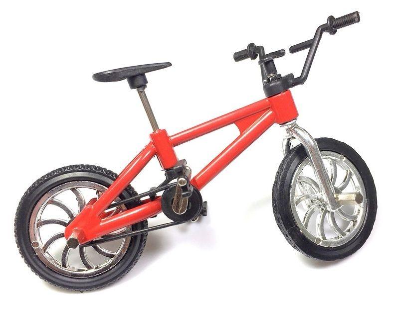 Fahrrad rot für 1/10 Crawler Modelle
