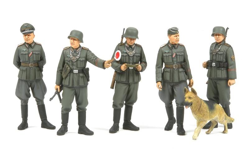 1:35 WWII Figurenset Deutsche Feldpolizei