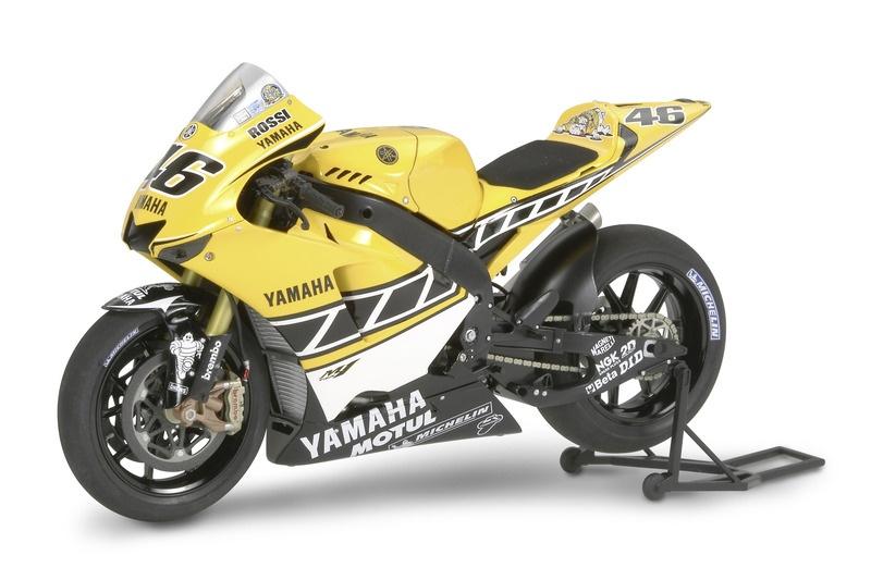 1/12 Yamaha YZR-M1 #46