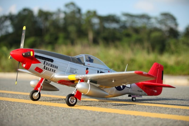 P-51D Mustang V8 Red Tail Flugmodell 1450mm PNP