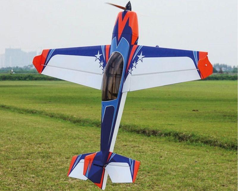 Extra 300 60 Kunstflugzeug orange/blau ARF