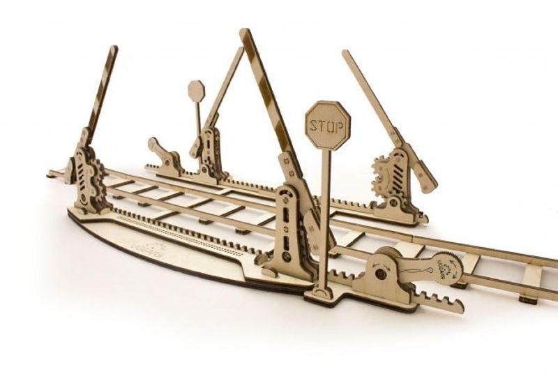 Bahnübergang Holz Modellbausatz