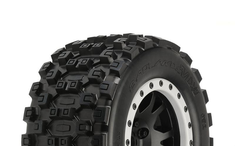 Badlands MX43 Komplettrad 4.3 für Traxxas X-MAXX