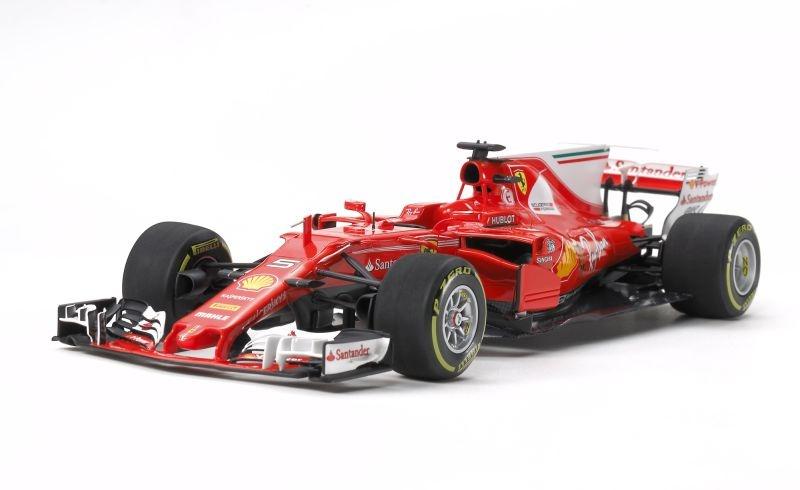 Ferrari SF70H Formel 1 Rennwagen Plastikbausatz 1/20