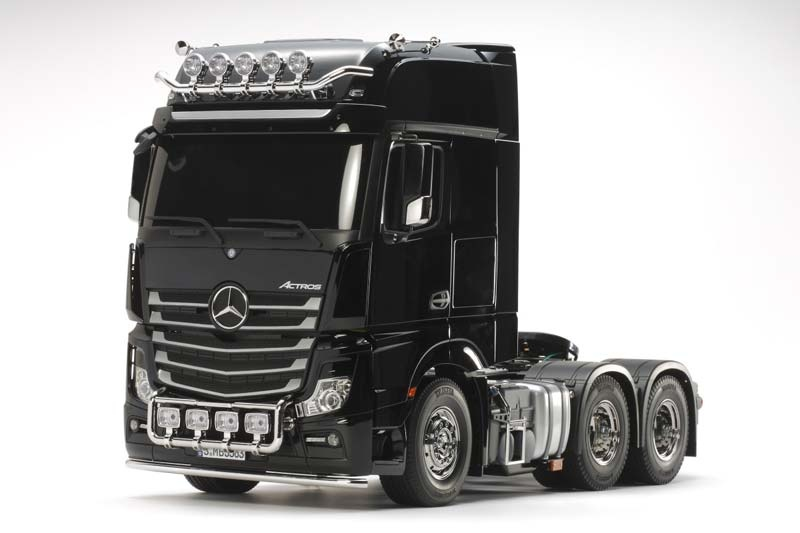 Mercedes Benz Actros 3363 Giga Space 6x4 RC Bausatz 1:14