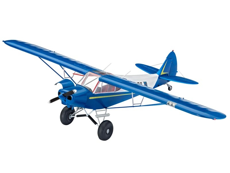 PIPER PA-18 with Bushwheels 1:32