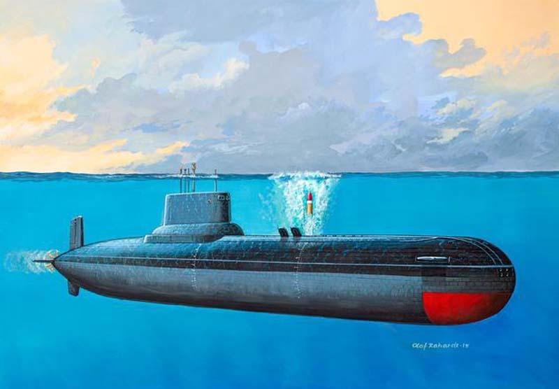 Soviet Submarine TYPHOON CLASS 1:400