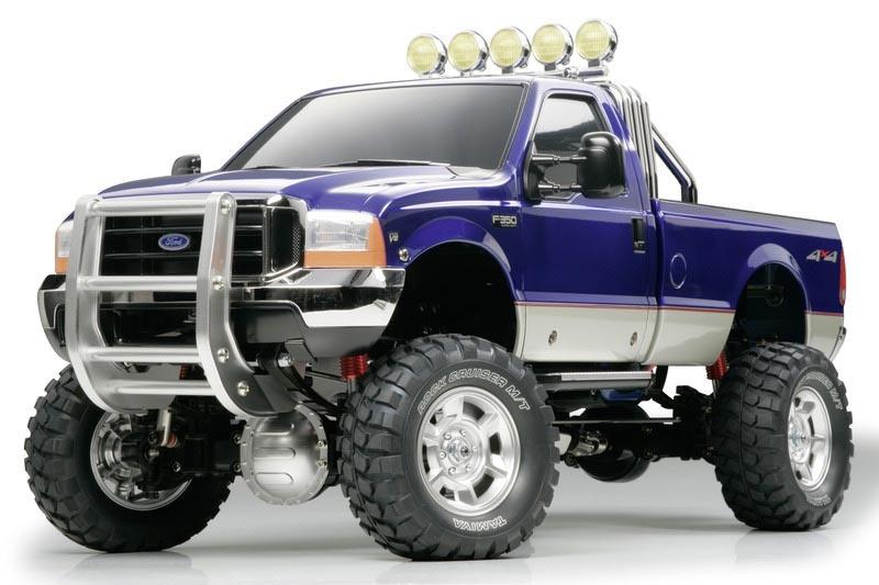 Ford F350 High Lift 4WD 3-Gang