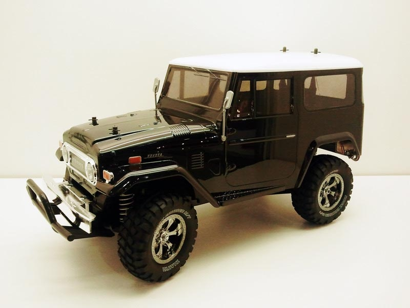 Toyota Land Cruiser 40 Black Edition CC-01