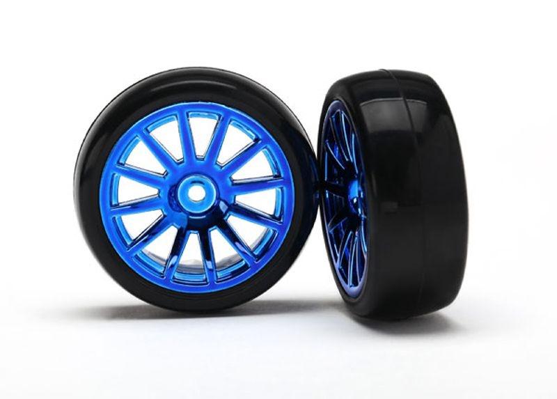 Slick-Reifen auf Felge blau 1:18