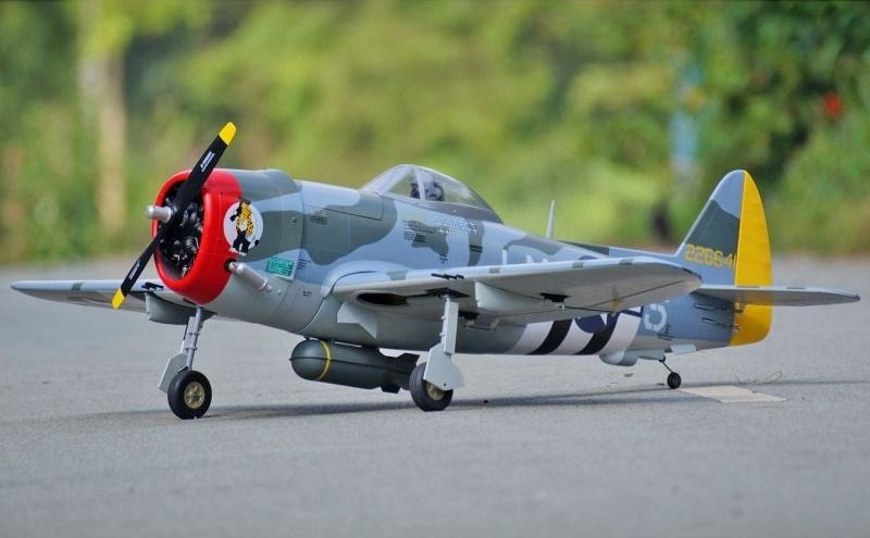 VQ Model P-47D Thunderbolt 58in (Camo) - 1480mm
